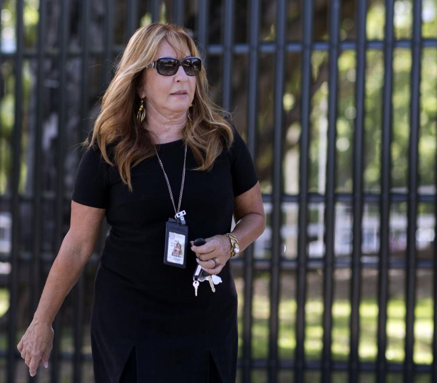 Lydia Lizarríbar, abogada de Áurea Vázquez Rijos, a su salida del Tribunal. (GFR Media) (semisquare-x3)
