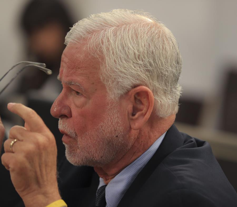 Héctor Pesquera, secretario del Departamento de Seguridad. (GFR Media) (semisquare-x3)