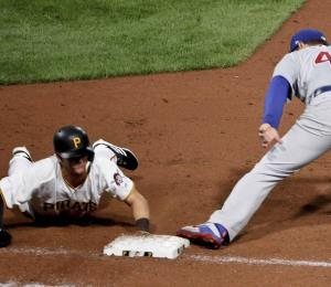 Cachorros superan a Piratas con 7 doble plays