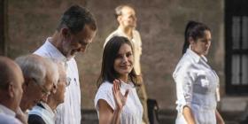 Los Reyes de España recorren centro histórico de La Habana
