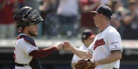 Lindor pega tres hits en la victoria de los Indians