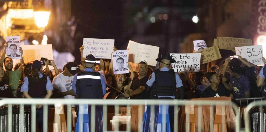 Caldeada manifestación frente a La Fortaleza