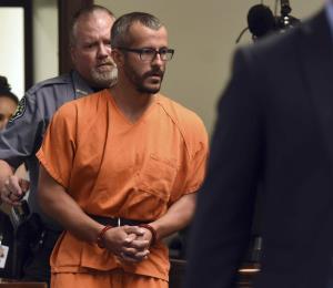 Detienen a sospechoso de matar a su esposa e hijas