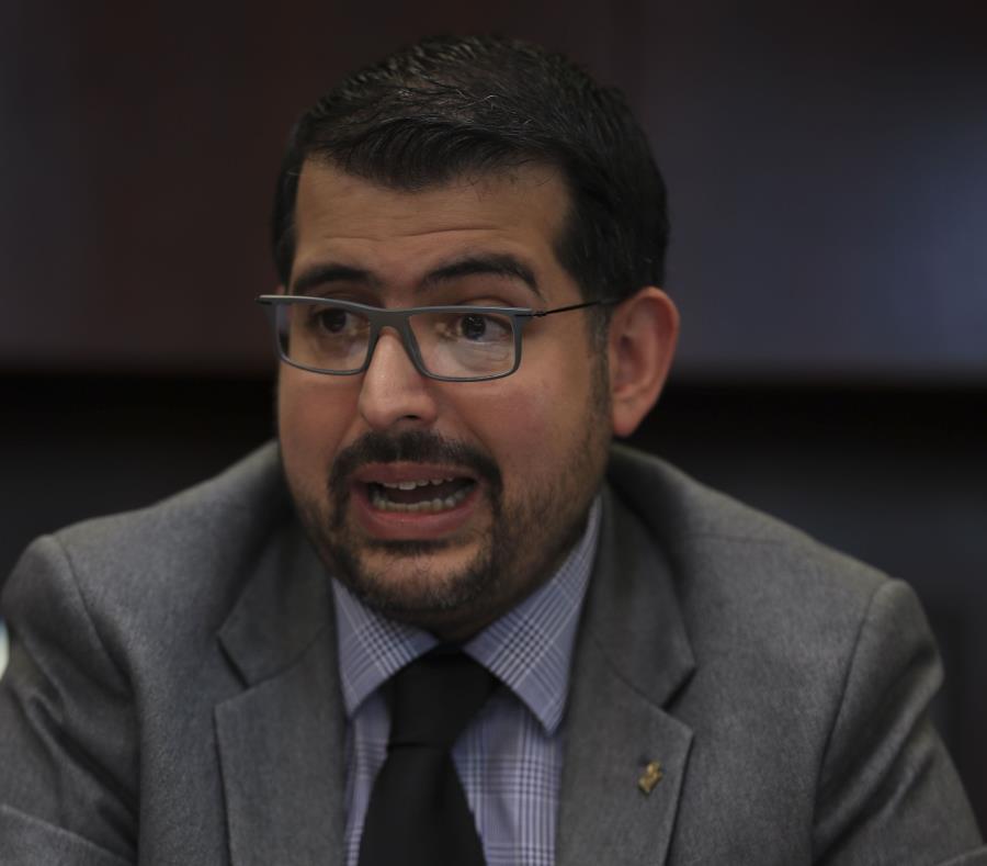 El presidente de la CEE, Juan Ernesto Dávila (semisquare-x3)