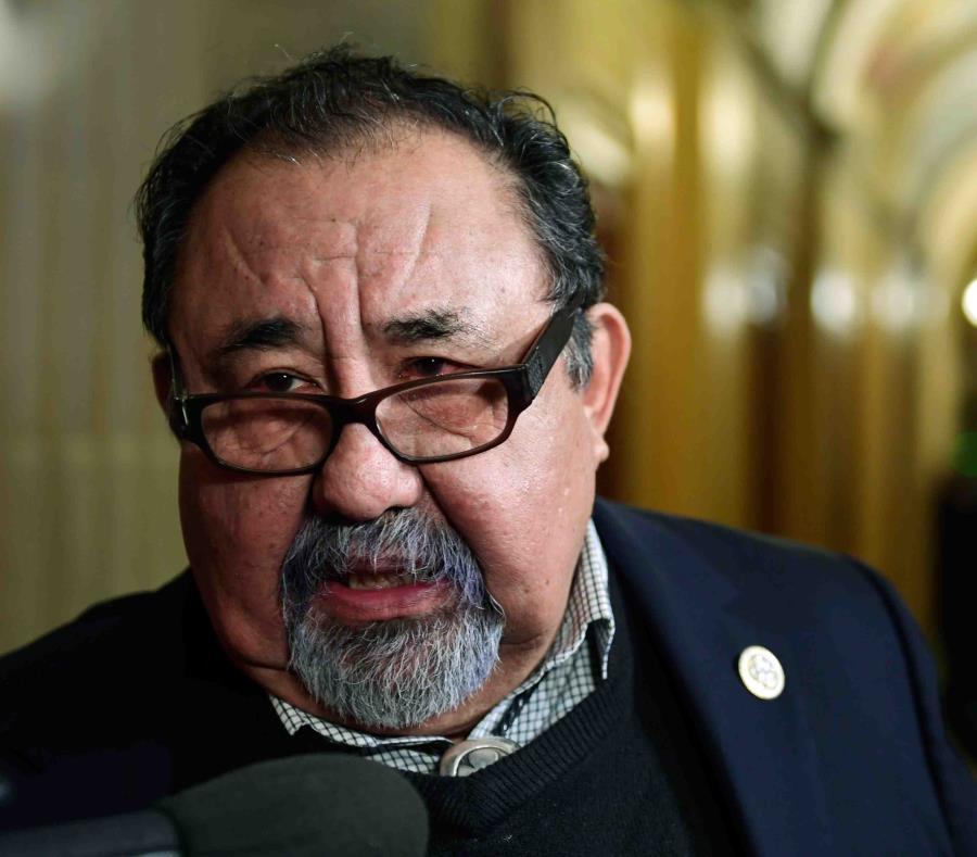 El congresista demócrata Raúl Grijalva (semisquare-x3)