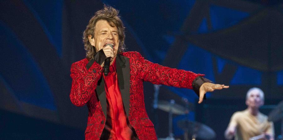 Jagger dijo que comenzó a escribir las canciones en abril y que quiso lanzarlas de inmediato. (horizontal-x3)