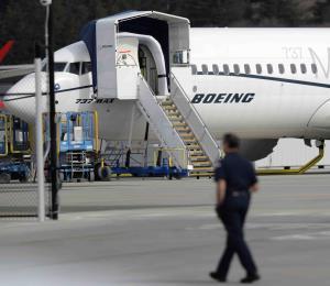 Boeing dice que está finalizando la actualización de la programación de su 737 MAX 8