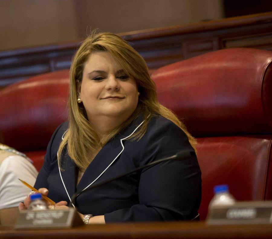 La comisionada residente, Jenniffer González, hizo historia al ser la primera mujer en ocupar ese puesto (semisquare-x3)