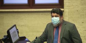 Luis Vega Ramos somete enmiendas al Código Civil