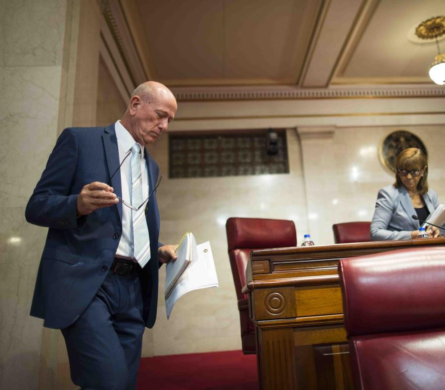 El senador Larry Seilhamer defendió ayer una medida de su autoría que busca establecer un plan para manejar los cambios ligados al cambio climático. (semisquare-x3)