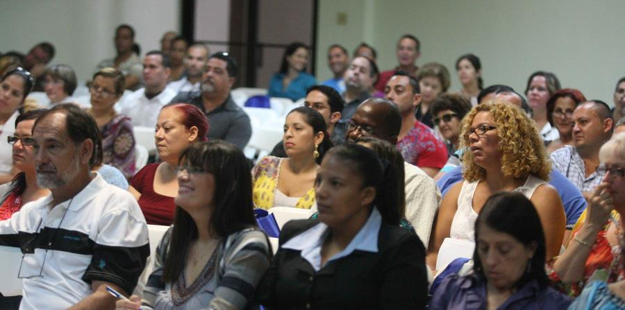 """El taller gratuito """"La Escuela, sus Hijos y Usted"""", se llevará a cabo este sábado, 20 de enero a las 9:00 de la mañana, en el Colegio de Ingenieros y Agrimensores de Puerto Rico, en Hato Rey. (horizontal-x3)"""