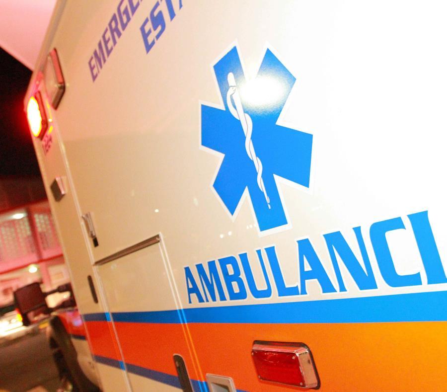 Tanto el conductor como la pasajera del auto impactado fueron transportados con heridas de gravedad al Centro Médico, en Río Piedras. (GFR Media) (semisquare-x3)