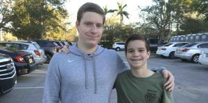 Un joven relata cómo corrió por su vida en medio de masacre en Florida