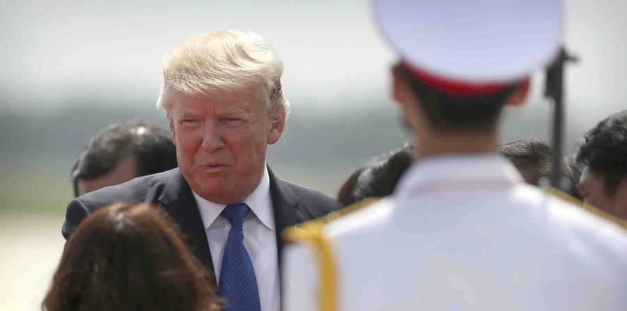 """""""El mundo entero está siendo impulsado por la renovación de Estados Unidos"""", aseguró Trump. (horizontal-x3)"""