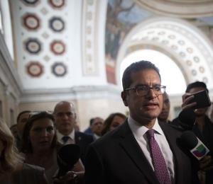 Un gobernador en receso no existe
