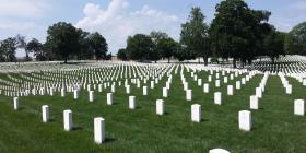 Washington promulga ley para compostaje de restos humanos