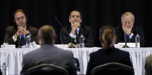 El nuevo acuerdo de la Junta los bonistas está plagado de dudas