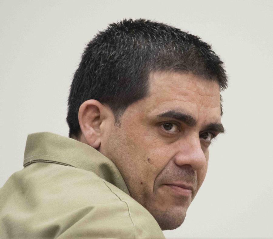 Steven Sánchez MSteven Sánchez Mártir, acusado por el asesinato de un hombre que convalecía en el hospital HIMA de Caguas, durante la vista preliminar en su contra en la sala 201 del Centro Judicial de Caguas. (semisquare-x3)