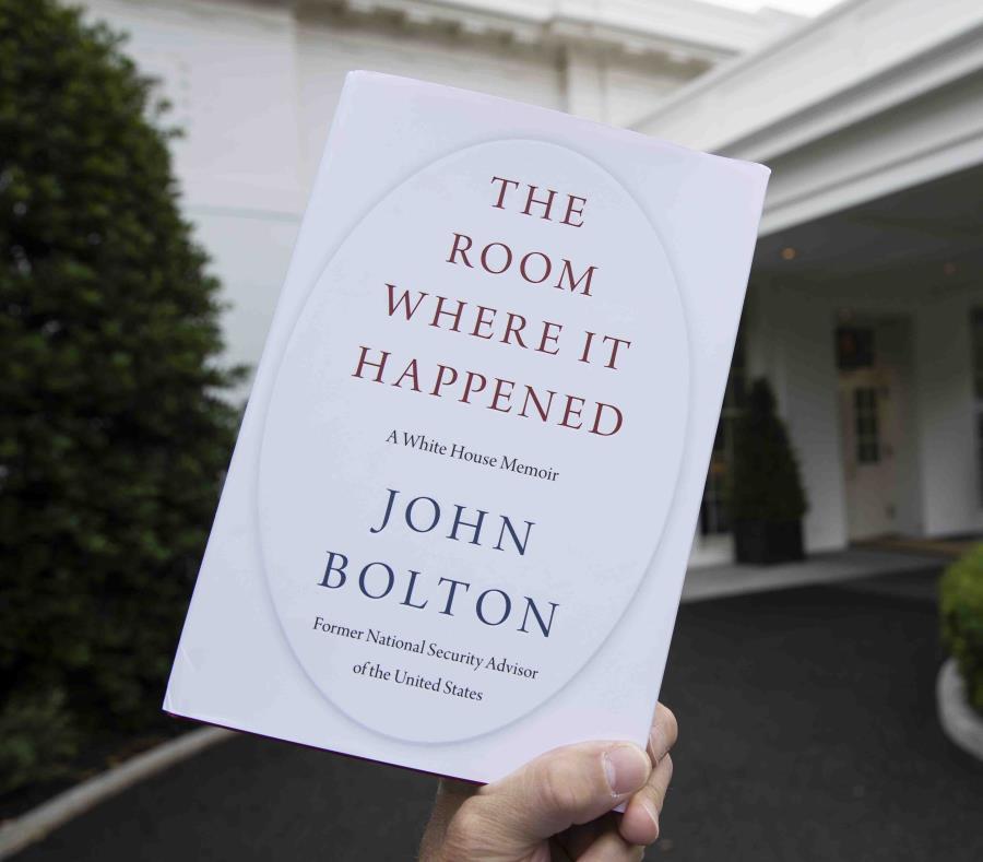 Libro de John Bolton revela controvertido proceder de Trump en el gobierno