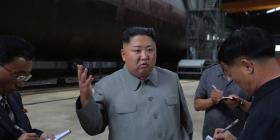 Kim Jong-un advierte a EE.UU. con la presentación de su nuevo submarino balístico