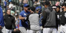 Las Grandes Ligas suspende a jugadores de los Royals y White Sox por reyerta