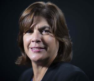 La tarjeta electoral y Gigi Fernández