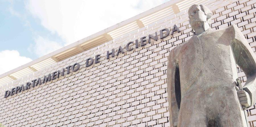 el secretario de Hacienda explicó que se deja temporalmente sin efecto el pago del IVU quincenal. (horizontal-x3)