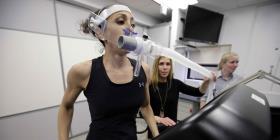 Militares de EE.UU. estudian fuerza física y mental de mujeres