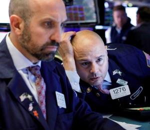 Temor a reaperturas económicas muy rápidas se cierne sobre Wall Street