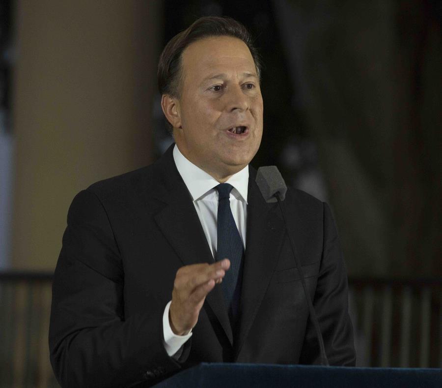 El presidente panameño Juan Carlos Varela destacó la antigua relación de Panamá con Estados Unidos, al tiempo que recordó que han trabajado de la mano para combatir el narcotráfico y el terrorismo. (Bloomberg / Susana González) (semisquare-x3)