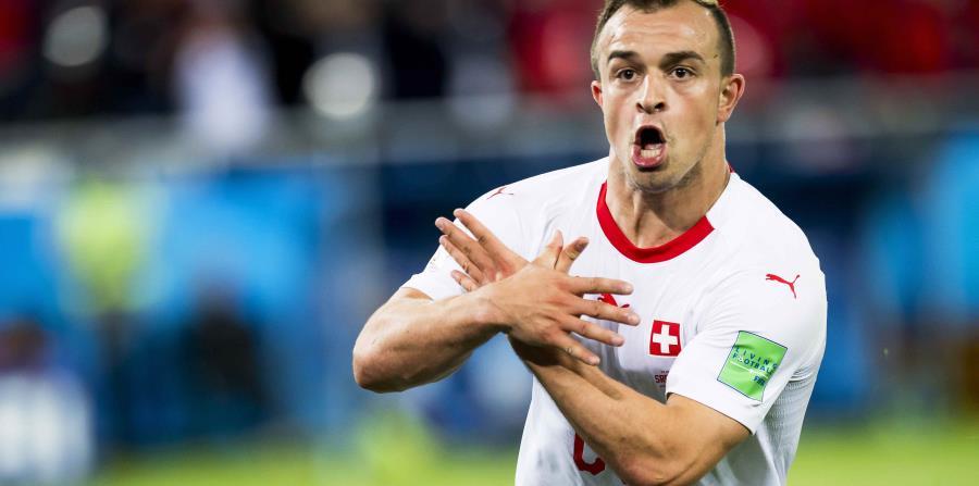 Xherdan Shaqiri celebra el gol. (AP) (horizontal-x3)