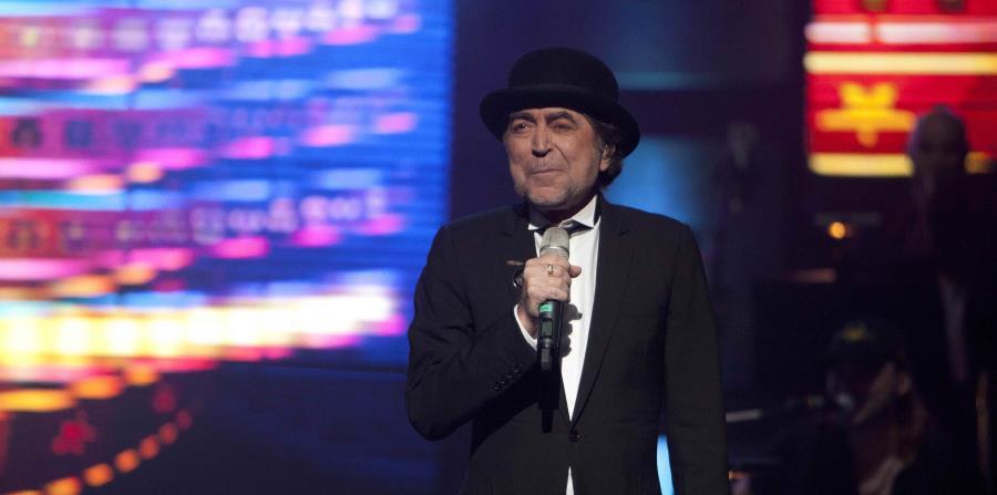 El cantautor español Joaquín Sabina (horizontal-x3)