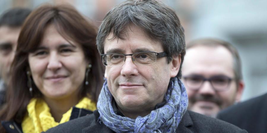 El expresidente de Cataluña, Carles Puigdemont, es solicitado por España para poder enjuiciarlo.  (AP) (horizontal-x3)