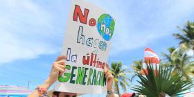 Más de tres mil personas participan en marcha ante el cambio climático