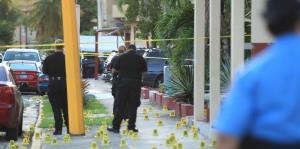 Recuperan sobre 1,000 casquillos de bala en la escena de la masacre en Río Piedras
