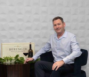 Una degustación de vinos de clase mundial con el enólogo Mark Beringer
