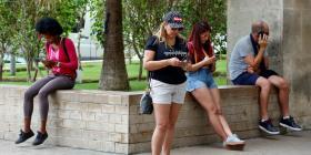 Un millón y medio de cubanos están pegados a la red 3G