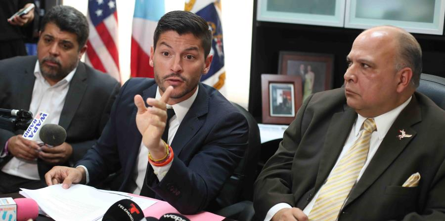 Manuel Natal y Luis Vega Ramos fueron removidos ayer de la delegación popular por Rafael
