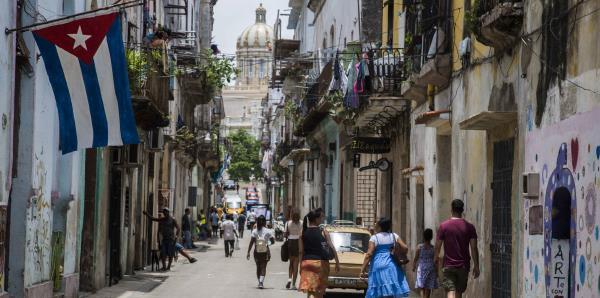 Tres niñas mueren tras derrumbarse el balcón de un edifico en La Habana vieja