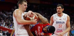 Instantes del partido en que Puerto Rico perdió ante Serbia en la Copa del Mundo FIBA 2019