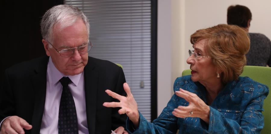 Los abogados Efrén Rivera y Lady Alfonso de Cumpiano cuestionaron los múltiples términos que se usan en el proyecto para referirse a los fetos. (horizontal-x3)