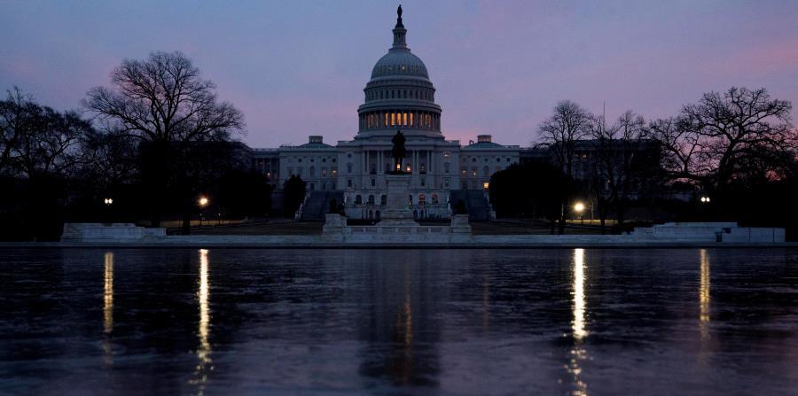 El Congreso y la Casa Blanca deberían ponerse de acuerdo sobre el presupuesto en o antes del 23 de marzo, cuando vence la más reciente resolución temporera de gastos. (AP / Andrew Harnik) (horizontal-x3)