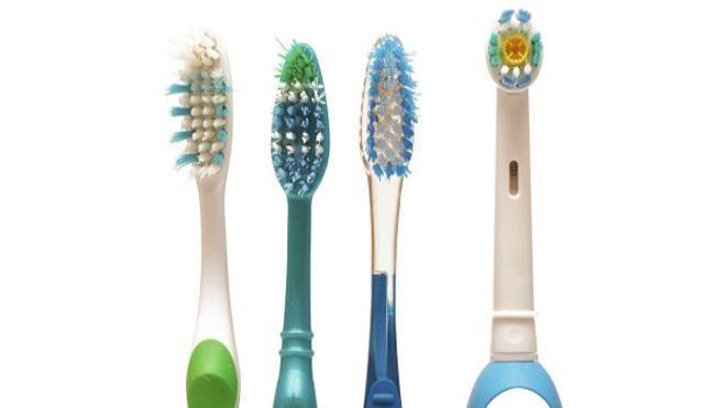 Manual vs. eléctrico  ¿cuál es el mejor cepillo de dientes   41bd11688769