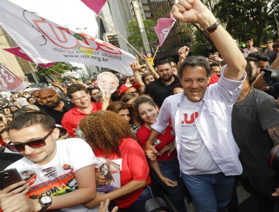 El reemplazante de Lula se ubica en un firme segundo puesto detrás de Bolsonaro (semisquare-x3)