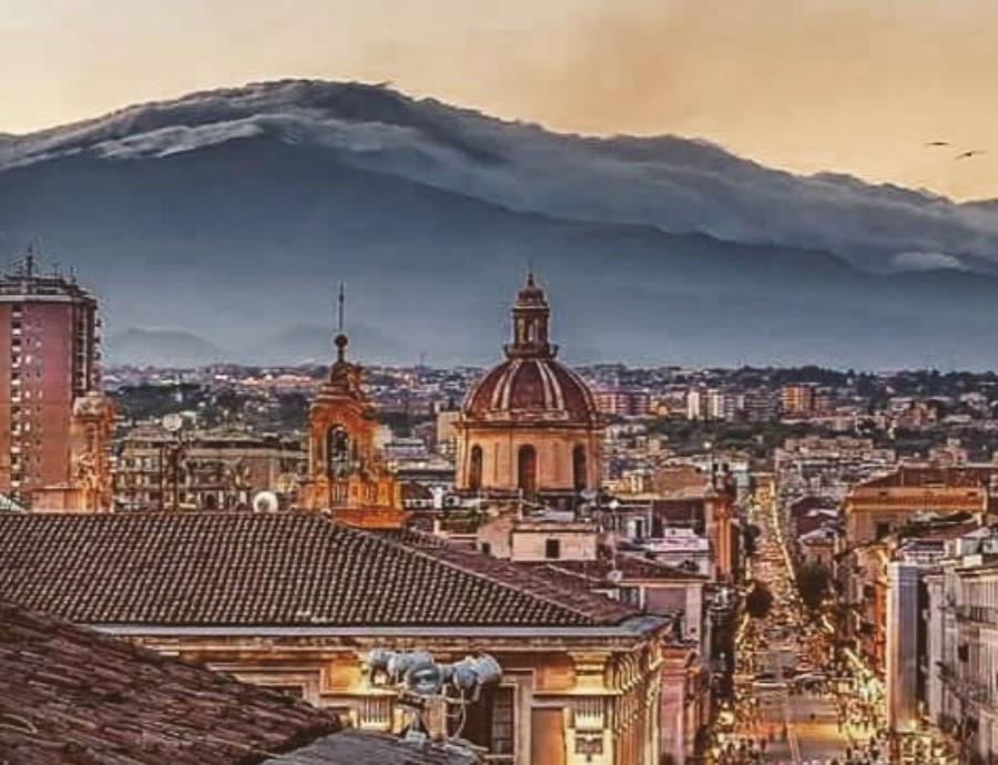 El colapso del monte Etna podría representar un peligro para los habitantes de Sicilia, en Italia. (semisquare-x3)