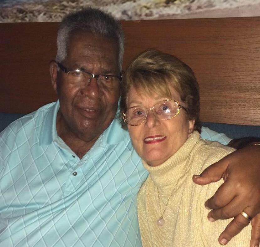 En la foto el alcalde Marcelo Trujillo junto a su esposa, Rosa Plumey. (semisquare-x3)