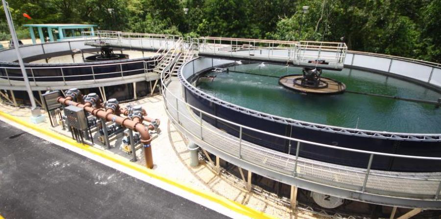 As a result of the hurricane, dozens of water and wastewater treatment plants remained inactive. (horizontal-x3)