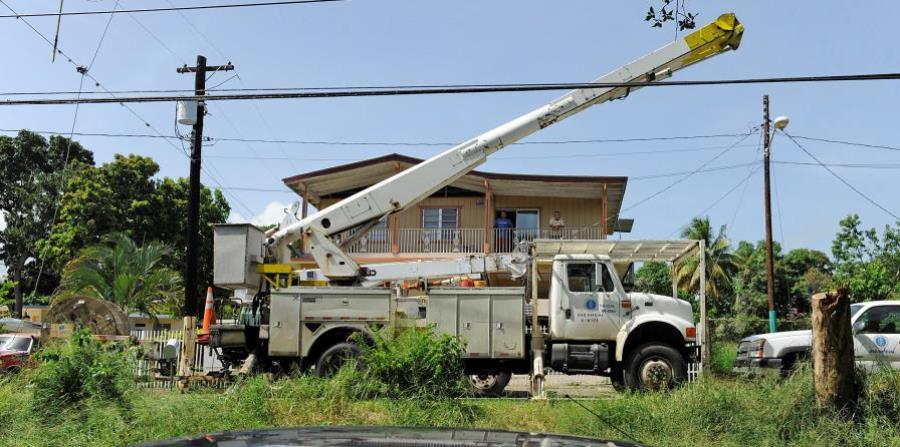 Hurricane Maria left 1.5 million customers of the Puerto Rico Electric Power Authority (PREPA) without energy. (horizontal-x3)