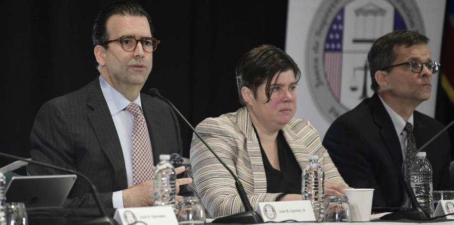 the Board kept under review the complaints to Governor Ricardo Rosselló about the inclusion in the revised fiscal plan of the central government the base of a labor reform (horizontal-x3)