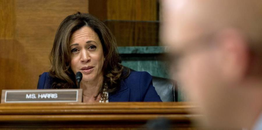The bill is led by Senator Kamala Harris (California) and Puerto Rican congresswoman Nydia Velázquez (New York) (horizontal-x3)